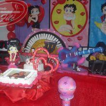 http://www.espetinhosofile.com.br/imagens/uploads/imgs/decoracoes/decoracoesfotos/220x220/decoracao_infantil2.jpg